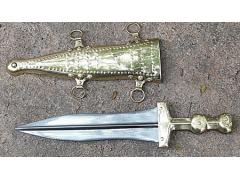 Pugio Dagger (Brass Beaded)
